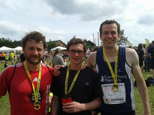 You are currently viewing Jones Races to Victory at the Podplus Ashford 5K