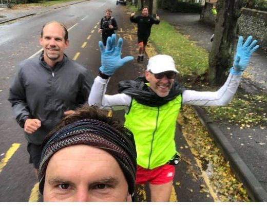 You are currently viewing Vet 60 Joins Runners and Completes Virtual London Marathon by Accident